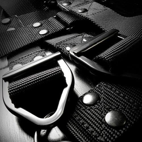 Command Body Binder Closeup